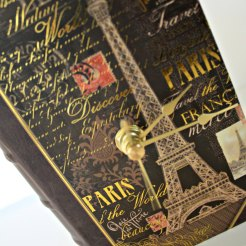 CLOCK BOOK PARIS